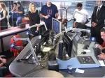 Em homenagem a Boechat, equipe 'aposenta' cadeira do jornalista na Rádio BandNews
