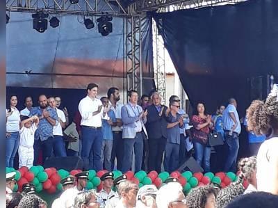 Artigo:  PARABÉNS CANAVIEIRAS, 128 ANOS DE EMANCIPAÇÃO; considerações sobre o desfile cívico