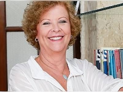 Heloísa Capelas - Perdão, a Revolução que Falta